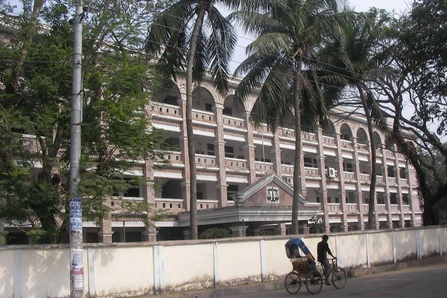 ফুলতলায় পরকিয়ার বলি কিশোরী গৃহবধু সুমী: আদালতে স্বামীর স্বীকারোক্তিমুলক জবানবন্দি