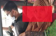 সন্তানের সামনে স্ত্রীর পায়ের রগ কেটেছে স্বামী