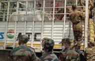 ভারতীয় সেনাবাহিনী প্রশিক্ষণপ্রাপ্ত ১৫টি ঘোড়া উপহার বাংলাদেশ সেনাবাহিনীকে