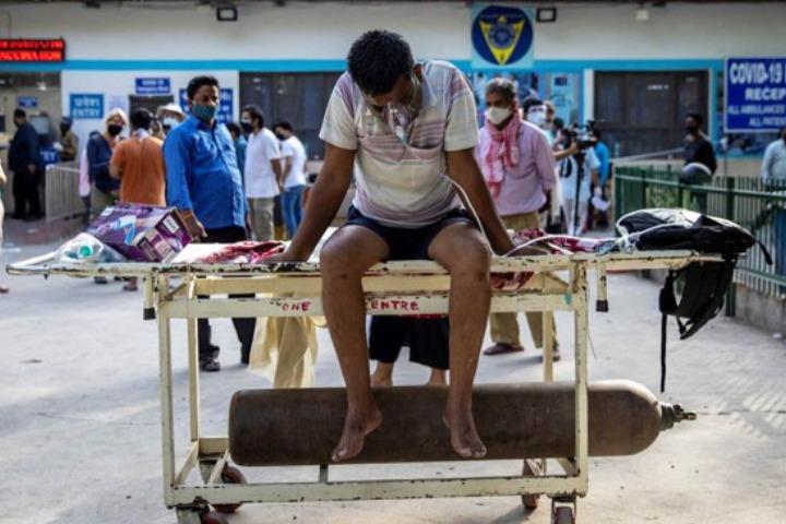 ভারতে করোনা সুনামি: বাংলাদেশসহ অন্যদের ভবিষ্যৎ কী?