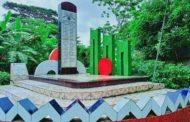 ঝালকাঠিতে বেসরকারি ভাবে নির্মিত  মুক্তিযোদ্ধা স্মৃতিসৌধ ভেঙ্গে যাচ্ছে