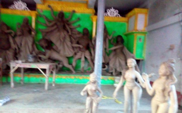 খুলনার দাকোপে চলছে শারদীয় দূর্গা পূজার প্রস্তুতি